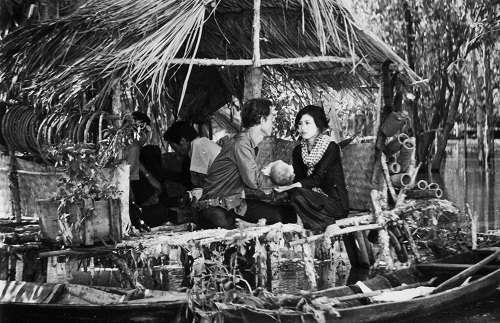 Cánh Đồng Hoang (1980)